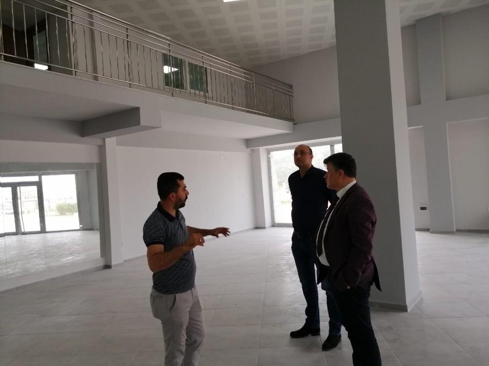 Spor İl Müdürü Fillikçioğlu, ADÜ Park Genç Ofis'te incelemelerde bulundu