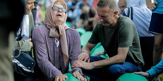 Srebrenitsa kurbanları toprağa verilecek
