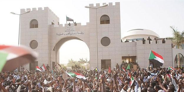 Sudan halkı, sivil hükümet istiyor