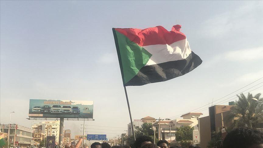 Sudan hükümeti, Burhan-Netanyahu görüşmesinden haberi olmadığını açıkladı