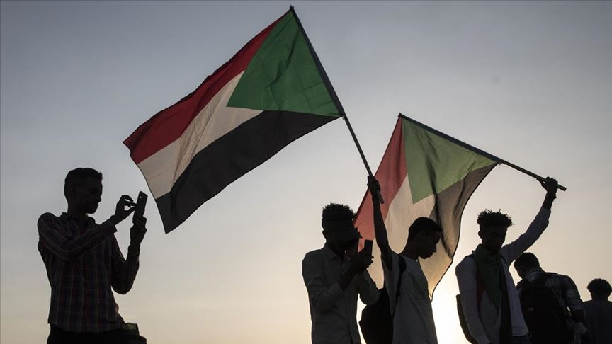 Sudan'da barış görüşmeleri bir ay ertelendi