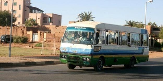 Sudan'da facia! Devrilen otobüste 14 kişi hayatını kaybetti
