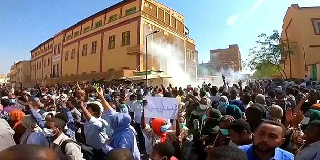 Sudan'daki darbe, sokak gösterilerine çare olmadı