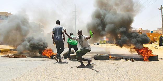 Sudan'daki katliamı 3'lü çete planladı