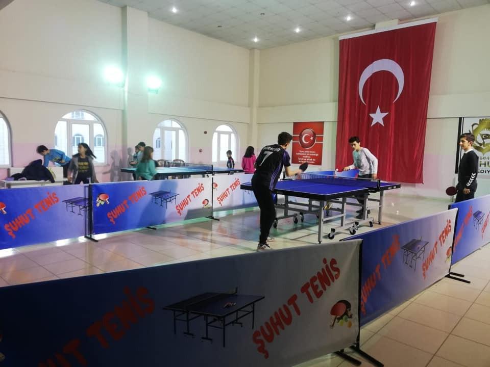Şuhut'ta Masa Tenisi Kulübü çalışmalarına devam ediyor