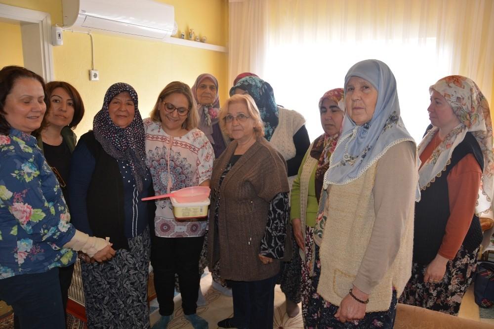 Sultanhisarlı kadınlar kefir ve yoğurt yapımını öğrendi
