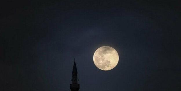 'Süper Ay' manzarası mest etti