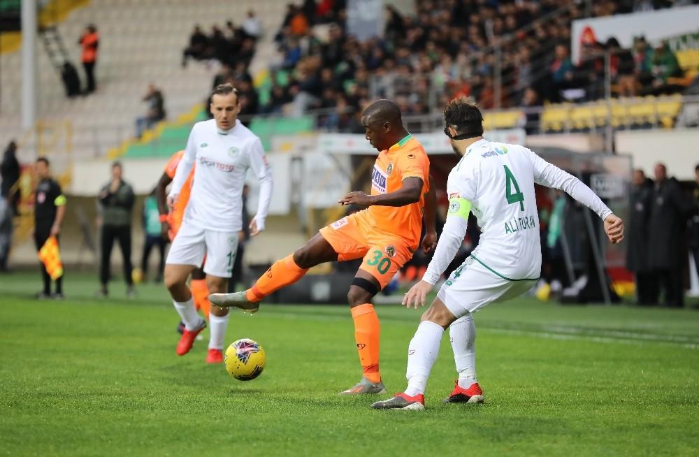Süper Lig: Alanyaspor: 2 - Konyaspor: 1 (Maç sonucu)