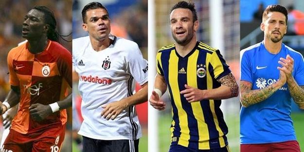 Süper Lig'deki yıldız isimler ne kadar kazanıyor?