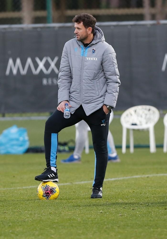 Süper Lig'in en genç teknik adamı Hüseyin Çimşir sahne alıyor
