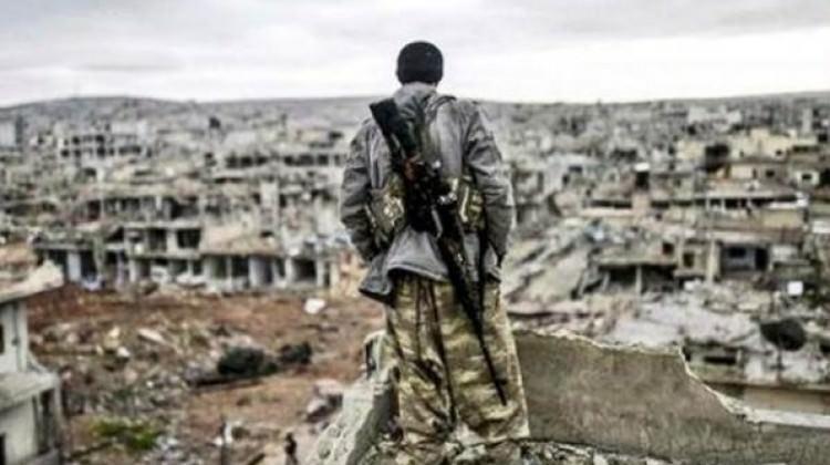 Sur'a gitmeye çalışan keskin nişancılar yakalandı