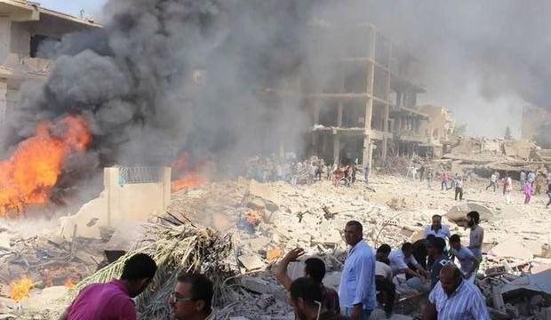 Suriye rejimi Halep'i vurdu