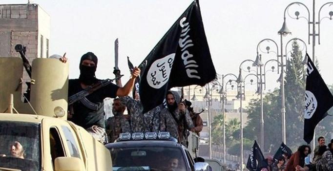 Suriye sınırında 2 DAEŞ üyesi yakalandı