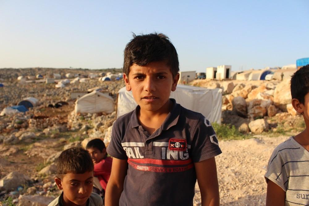Suriyeli çocukların buruk bayram sevinci