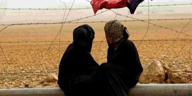 Suriyeli kadınlar haykırdı: Karanlığın içindeyiz