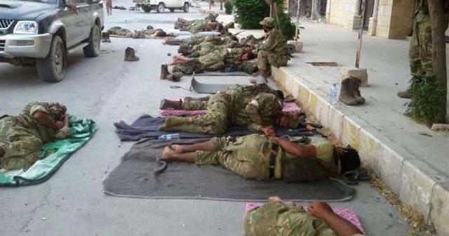 Suriyeli muhalifler Cerablus sokaklarında uyudular!