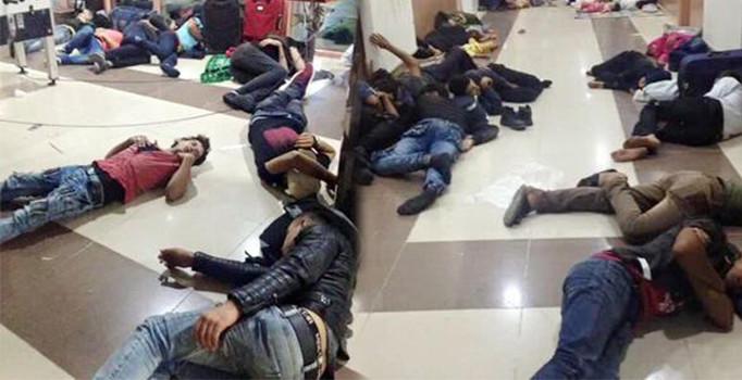 Suriyeli mülteciler otogarı eve çevirdi
