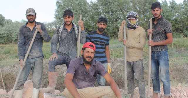 Suriyelilerden 'Fırat Kalkanı' harekatına destek