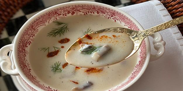 Sütlü mantar çorbası nasıl yapılır?