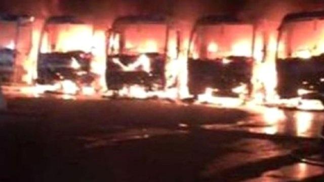 Suudi Bin Ladin'in işçileri Mekke'de 9 otobüs yaktı