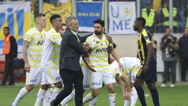 Tahkim Kurulu, Mehmet Ekici'nin 3 maçlık cezasını onayladı