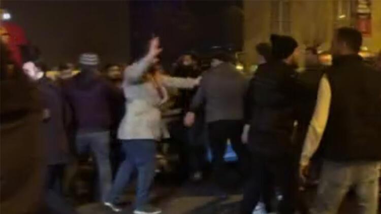 Taksiciler tekme tokat kavga çıkardı! Polis havaya ateş açtı