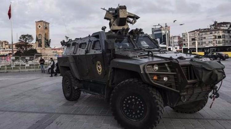 Taksim'de 1 Mayıs alarmı! Gözaltılar var