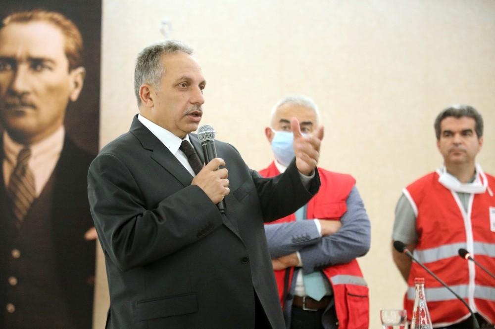 Talas'ta bina görevlilerine ilk yardım eğitimi