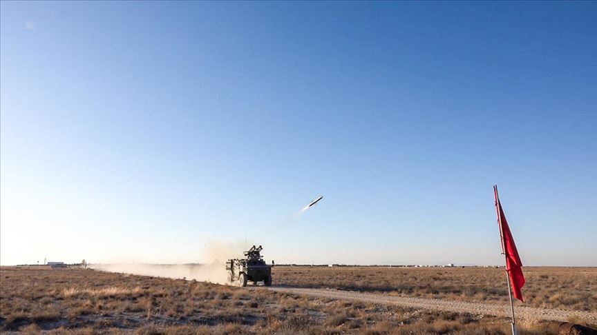 Tank avcıları muharebe sahasına hazırlanıyor