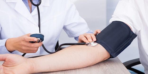 Tansiyon ve kolesterolünü en çok kimler ölçtürüyor?