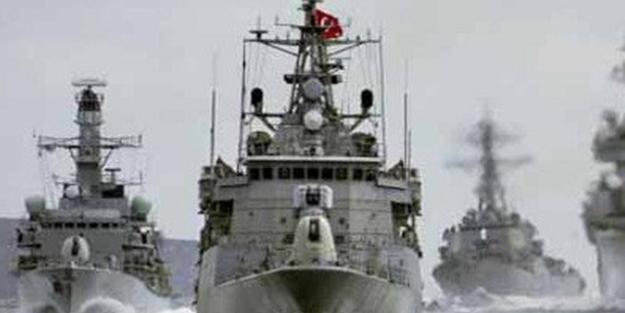 Tansiyon yükseldi! Türk savaş gemileri bölgeyi kuşattı
