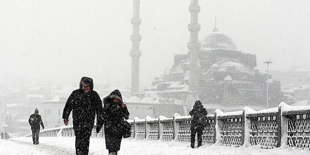 Tarih verildi! Beklenen kar, İstanbul'a geliyor