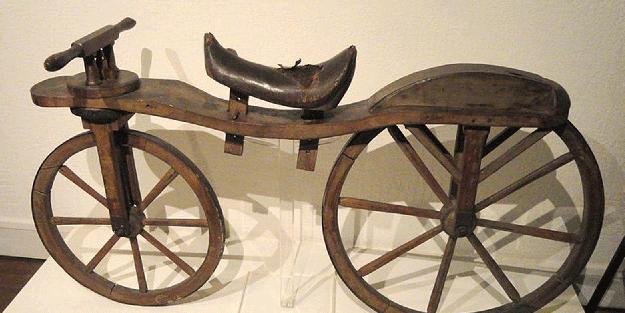 Tarihçileri bile birbirine düşürdü! İşte yapılmış ilk bisiklet...
