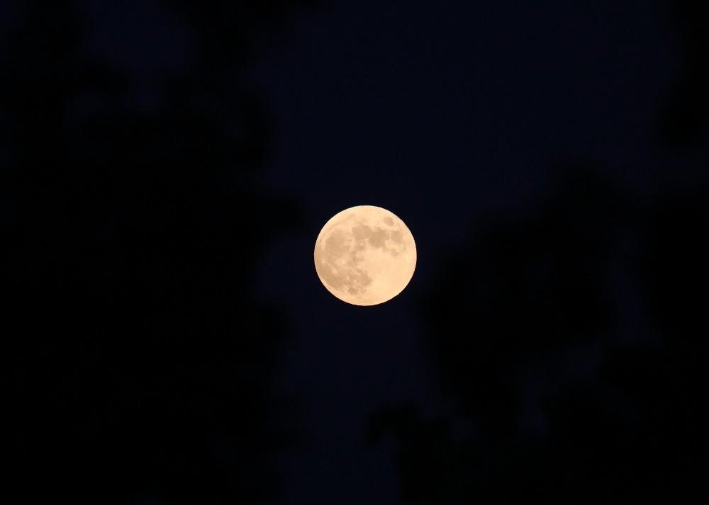 Tarihi Rumkale'de ay tutulması gözlendi