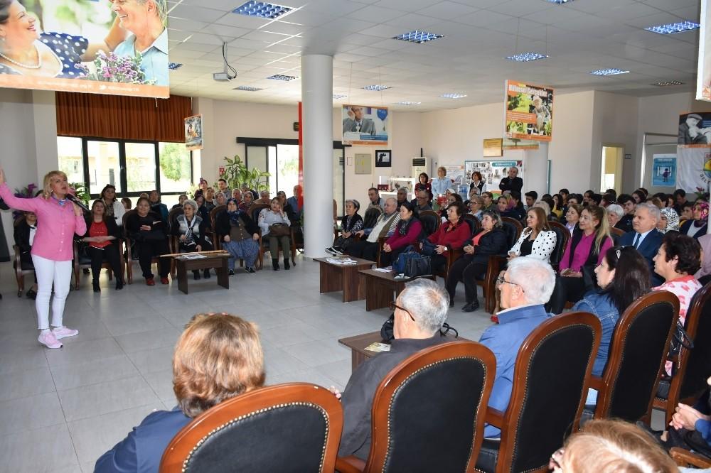 Tarsus'ta '8 Mart Dünya Kadınlar Günü' kutlanıyor
