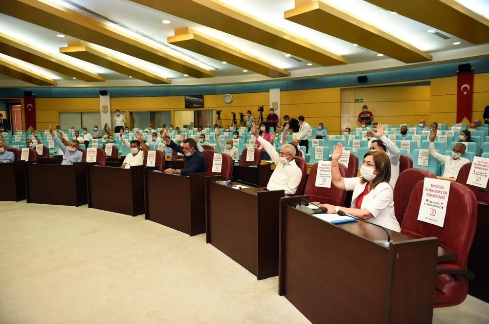 Tarsus'ta borçlanma yetkisi oy birliğiyle kabul edildi