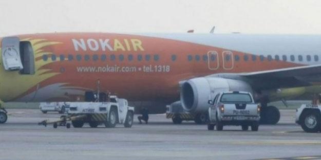 Tayland'da feci kaza! Uçak çekiciye çarptı
