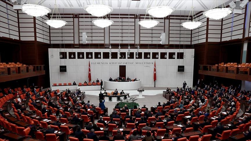 TBMM Genel Kurulunda güvenlik soruşturmasına ilişkin kanun teklifinin birinci bölümü kabul edildi