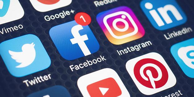 Çocuklarınızın fotoğraflarını sosyal medyada paylaşmayın!