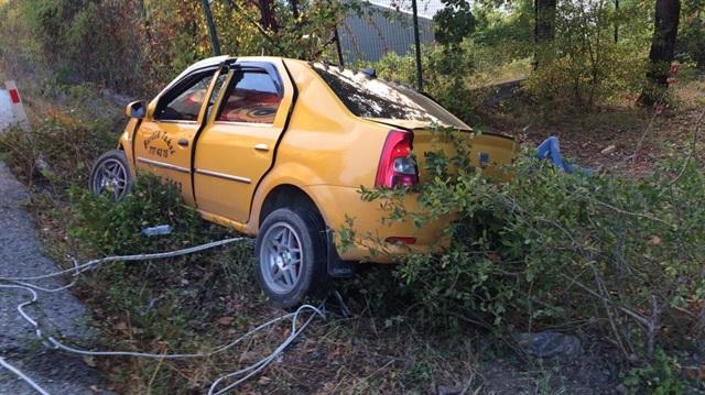 Tekirdağ'da taksi fabrika duvarına çarptı: 2 ölü 3 yaralı