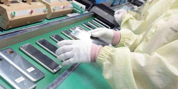 Teknoloji devine koronavirüs darbesi