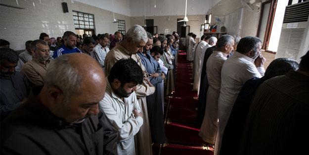 Tel Abyad'da terörden uzak ilk cuma namazı