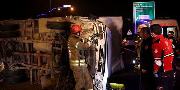 Tem Otoyolu'nda trafik kazasında 4 kişi yaralandı