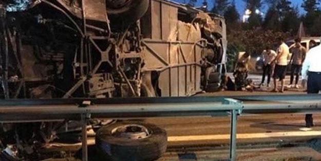 TEM'de yolcu otobüsü kaza yaptı! Ölü ve yaralılar var