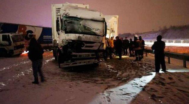TEM'de Zincirleme kaza...Edirne-İstanbul yönü kapandı