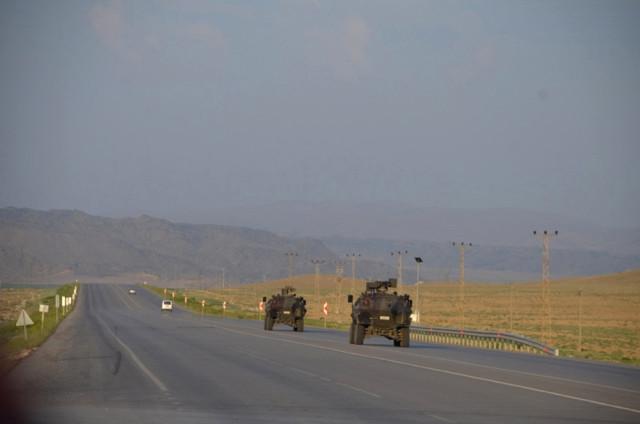 Tendürek Dağı'nda çatışma: Yaralı askerler var