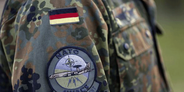 Tepkiler artıyor… Konya üssü, Almanya'yı ikiye böldü