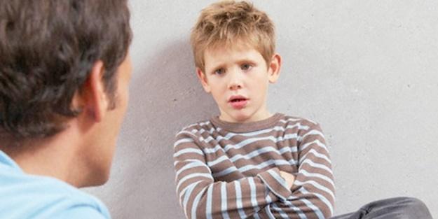 Çocuk bu.. baktınız almış oyuncağını evin oturma odasında başköşeye yerleştirmiş. Tepkiniz ne olur?