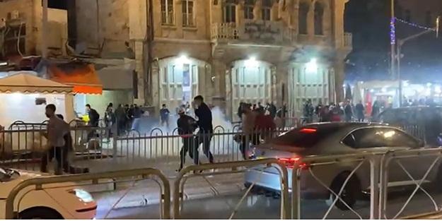 Teravih namazının ardından İsrail polisinden ses bombalı müdahale