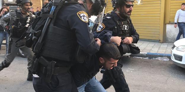 Terör devleti Filistinli genci gözaltına aldı